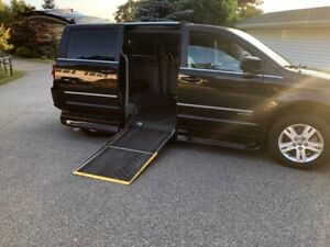 2016 Wheelchair Accessible  Dodge Grand Caravan Crew Plus
