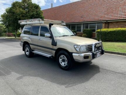 2005 Toyota Landcruiser HDJ100R GXL Gold 5 Speed Manual Wagon Chermside Brisbane North East Preview