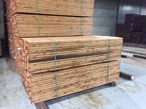 Bois traité brun , terrasse,deck,pergola,treated lumber brown