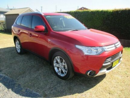 2014 Mitsubishi Outlander ZJ MY14.5 ES 4WD Red 6 Speed Constant Variable Wagon Macksville Nambucca Area Preview