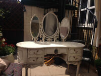Beautiful Old Style Dressing Table
