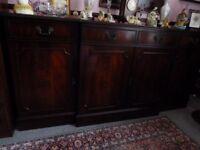 Regency mahogany sideboard .Approx 180cm wide, 88.5cm tall, depth widest point 44cm