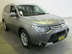 2014 Mitsubishi Outlander ZJ MY14.5 LS (4x2) Grey Continuous Variable Wagon Westdale Tamworth City Preview
