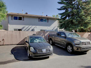 Condo Backing onto Park Edmonton Edmonton Area image 8