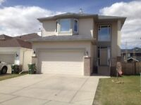 Canal Circle SW Airdrie.4 beds, 2.5 baths double Attached garage