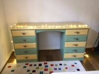 Desk in vgc, 10 drawers, 5 each side. Perfect for kid's bedroom, reluctantly selling due to moving