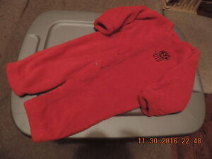 Unisex 9-12 months Warm & Soft Sleeper/Outfit