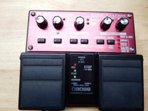 Boss Rc-20XL Loop Station + adaptor.