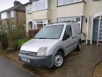 wxcellent condition, fuel pump rececently done, high quality roof racks, 2 new front tyres