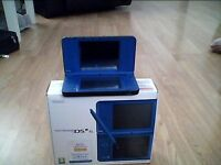 DSI XL BLUE(VERY RARE COLOUR) WITH FREE DS GAME