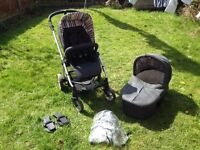 Mamas & Papas Sola with carrycot, maxi cosi car seat adapters and rain cover