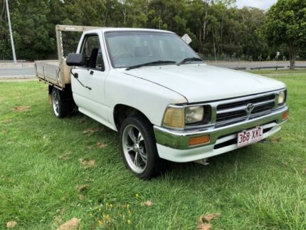 1995 Toyota Hilux RN85R White 5 Speed Manual Cab Chassis Clontarf Redcliffe Area Preview