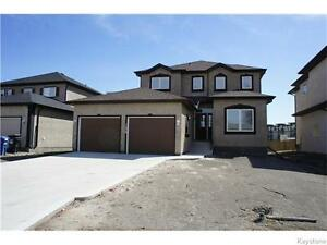 Close to U of M 2-Year Old 2100 Sq Feet 2-Storey 4br. 3.5 Bath