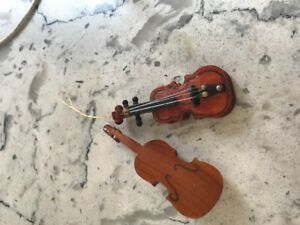 Dollhouse Miniature Violin ~ Musical Instrument ~ 1/12th Scale