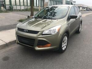 2014 FORD ESCAPE ,AUTOMATIC,BACKUP CAMERA, MINT CONDITION