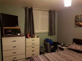 Double bedroom Nr Castlepoint