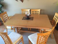 Dining room Set w Buffet and Chairs