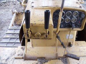1980 D8K crawler, dirt tilt blade Regina Regina Area image 3