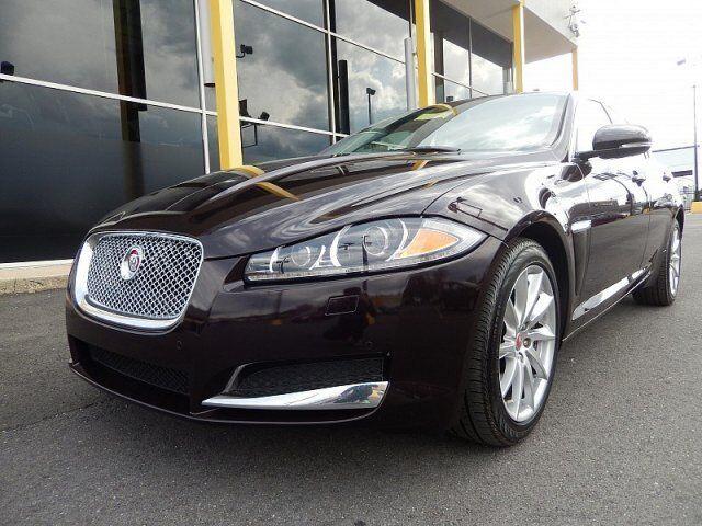Image 1 of Jaguar: XF 2.0T Premium…