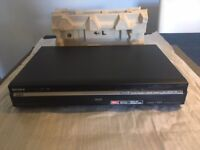 Mint condition Sony RDR-HXD870 DVD/CD player.