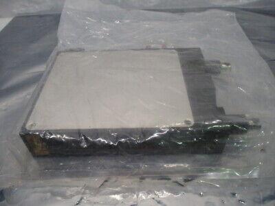 VAT 02012-BA24-0001/0022 Slit Valve, Rectangular Gate Valve A-242406, RS1125