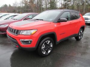 2018 Jeep Compass Trailhawk - Sunroof / Heated seats/ Remote Sta