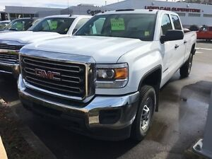2015 GMC Sierra 2500HD WT 4x4 Crew Cab 8 ft. box 167.7 in. WB