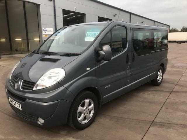 renault trafic ll29 sport dci 9 seat mini bus in newport. Black Bedroom Furniture Sets. Home Design Ideas