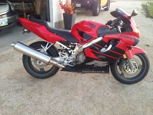 Honda CBR 600 F4 Bike for sale!!