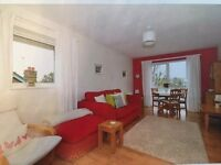 Two bedroom flat with fantastic view. Parking space. Avaialble now