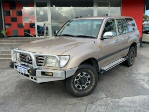 2004 Toyota Landcruiser HDJ100R GXL Wagon 8st 4dr Auto 5sp 4x4 4.2DT Gold Automatic Wagon Como South Perth Area Preview