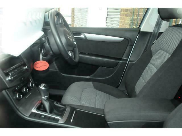 2012 Volkswagen Passat 1.6 TDI Bluemotion Tech SE Estate Diesel Manual