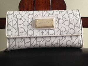 Calvin Klein White and Grey Clutch- Like New