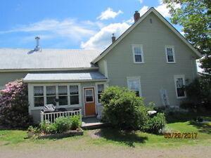 Majestic, 2 story, estate like Farm House - 5097 Hwy289