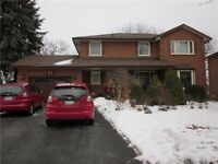 ***BEAUTIFUL PET FRIENDLY WHITBY EXECUTIVE HOME***