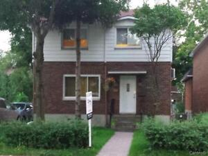 Bright Furnished House4Rent in Montreal-St-Laurent 514-458-9153