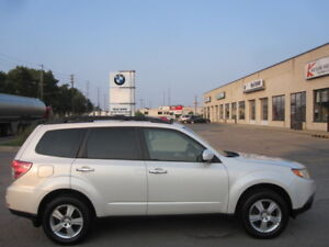 ONE OWNER ! ALL SERVICE RECORDS ! 2009 SUBARU FORESTER 2.5ix