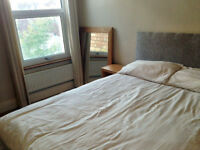 Double room in lovely house near North Street