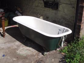 Claw foot bath - cast iron