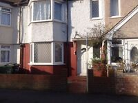 VERY SPACIOUS 1 DOUBLE BEDROOM WITH FREE WIFI TO LET IN MITCHAM CR4 SOUTH LONDON RENT AVAILABLE NOW