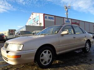 1996 Toyota AVALON  LIMITED-LUXURY PKG-LEATHER-SUNROOF---CLEAN Edmonton Edmonton Area image 1