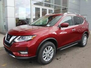 2019 Nissan Rogue SV AWD With Panoramic Moonroof Equipped with P