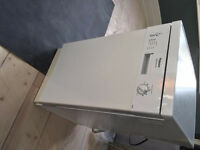 Slim Hotpoint Dishwasher