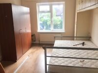 2 Bed 1st floor flat above shops in South Harrow-NORTHOLT ROAD
