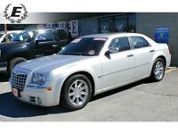 2006 Chrysler 300 C 5.7L HEMI WITH SUNROOF, LEATHER