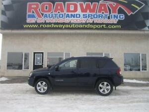2014 Jeep Compass North  4x4   PST Paid!