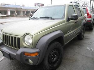 2003 Jeep Liberty 4x4/Sunroof/Extremely clean.