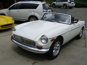 Chrome bumper MGB with overdrive