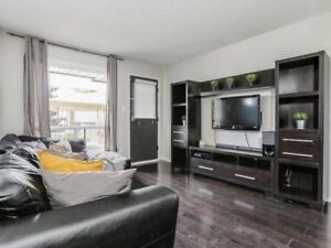 Excellent Value! Spacious Renovated 3-Bedroom Condo Townhouse!