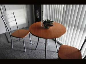 Round Table and 4 Chairs Shellharbour Shellharbour Area Preview